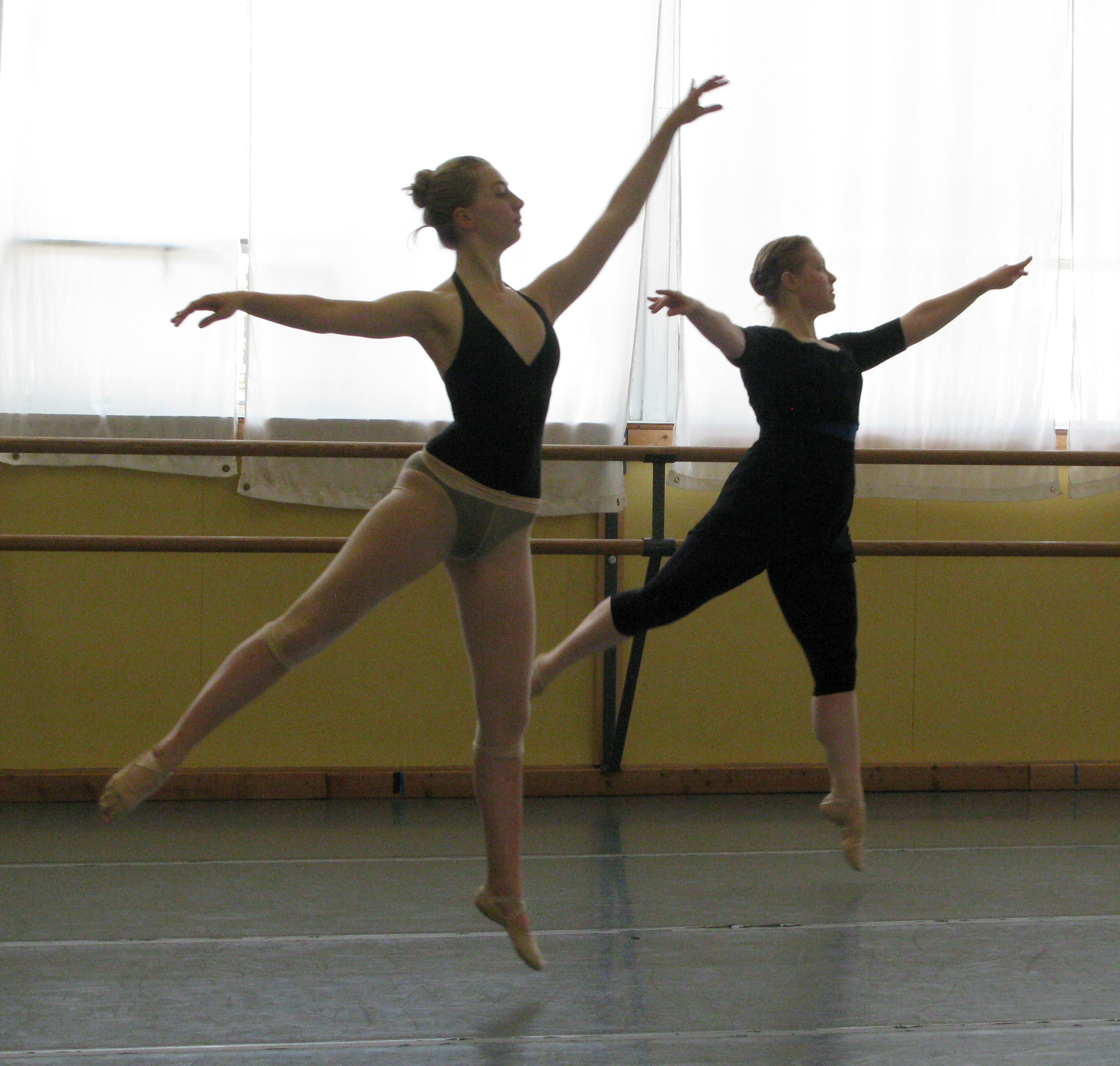 Open Drop-In Dance & Fitness Classes - ARC Dance